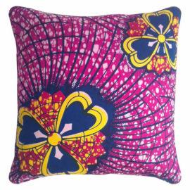 La-Petite-Congolaise-Josiane-AWVB05-Magenta-Pink-Yellow-Wax-print-pillow-01-Lo-res